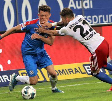 2. Bundesliga Hamburger SV Holstein Kiel Fabian Reese Tim Leibold