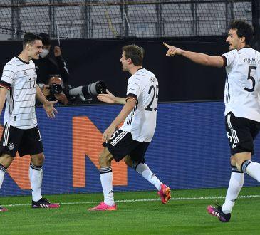 DFB Thomas Müller Mats Hummels Die Mannschaft Deutsche Nationalmannschaft Joachim Löw Florian Neuhaus EM