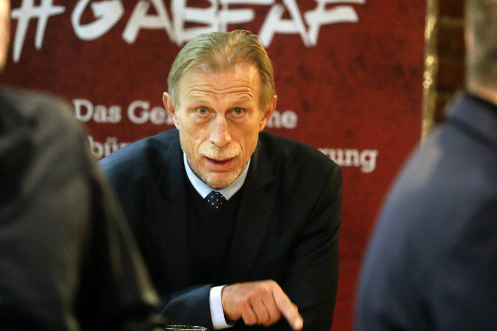 Bundesliga Wechselfehler Mark van Bommel Klaus Augenthaler Christoph Daum Otto Rehhagel Giovanni Trapattoni